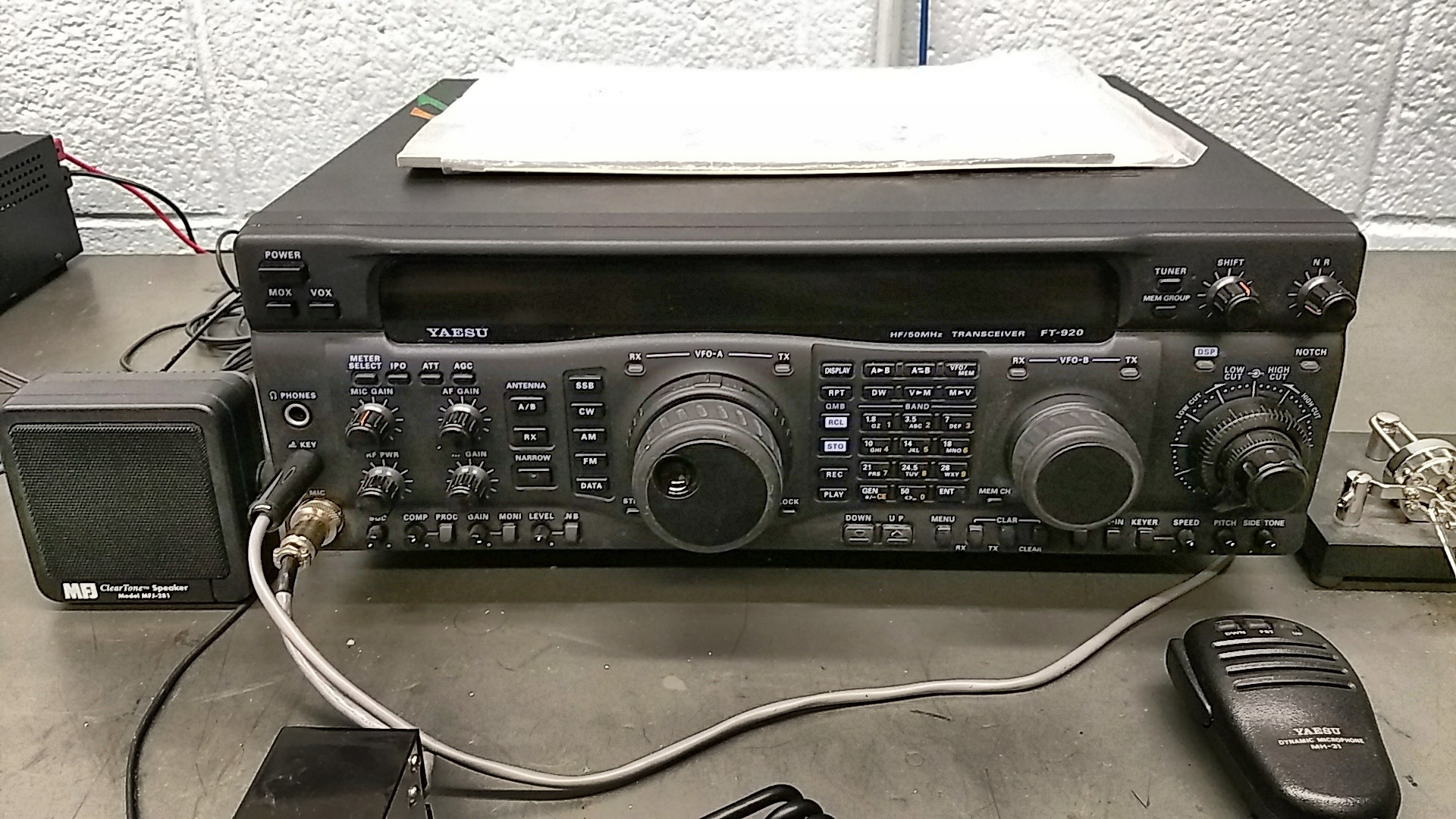 Yaesu FT-920 HF Transceiver | Amateur Radio Club