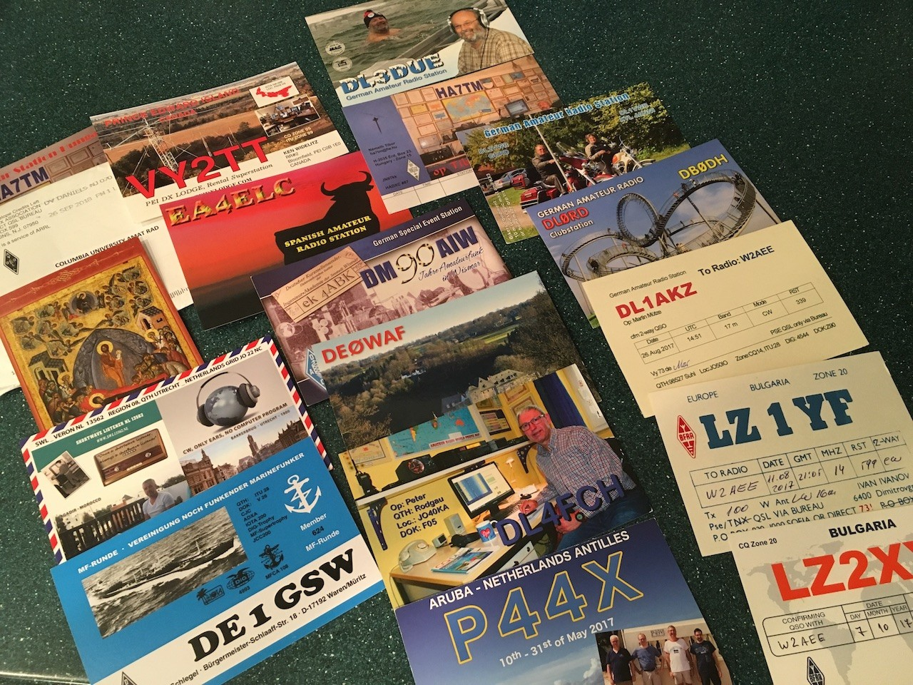 photo of contents of DX QSL envelope